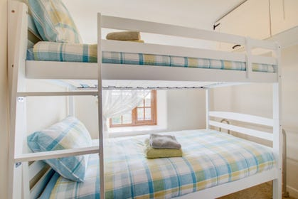 Fun bunks with view over the garden