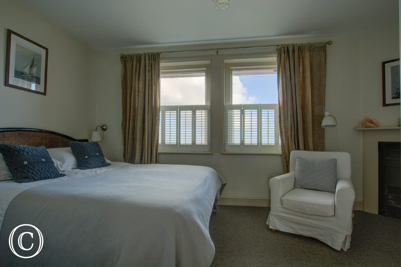 Very attractive first floor double room with lovely views