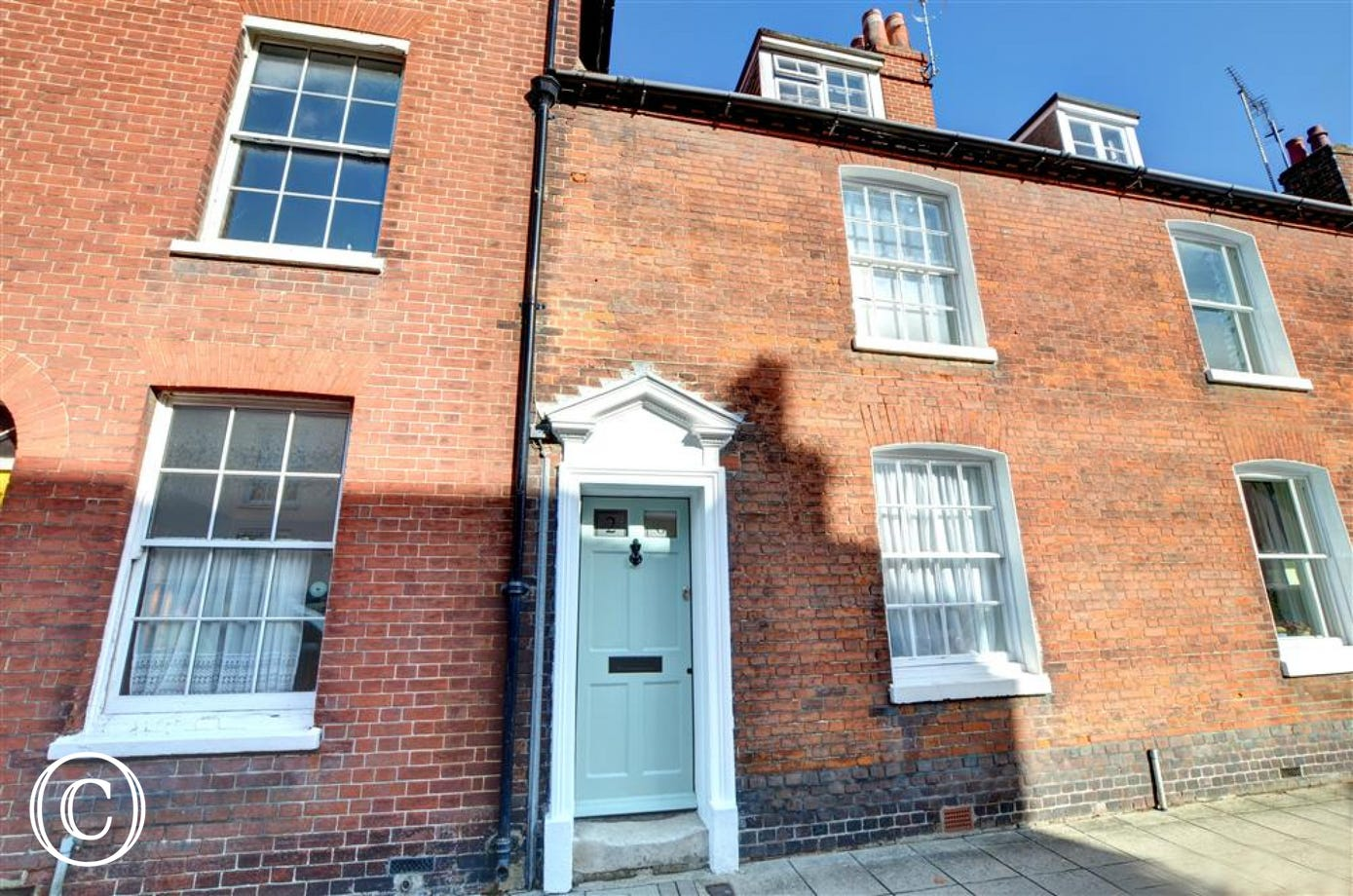 A beautiful period Grade II listed cottage in charming Chichester
