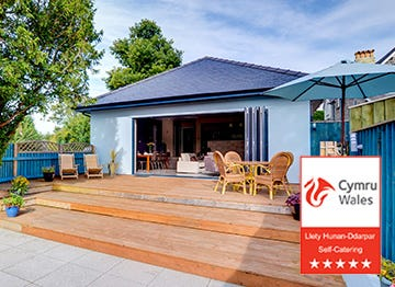 A property to really impress with a 5 Star Visit Wales award to it's name