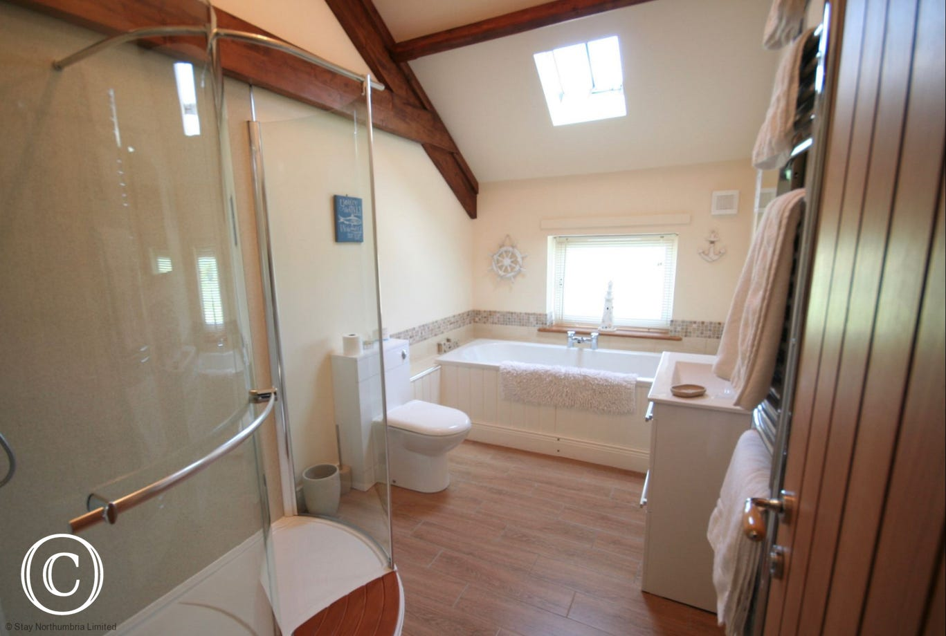 Main bath with separate walk in shower